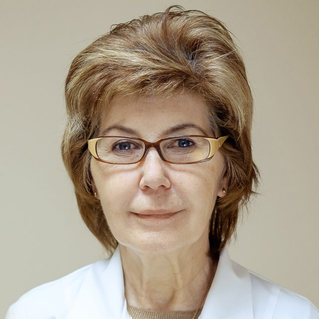 Белоусова Валентина Дмитриевна